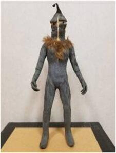 初期ウルトラマンシリーズの怪獣造形で中心的役割を果たした高山良策氏が晩年に遺した「ケムール人」の怪獣人形(画像:円谷プロダクション)